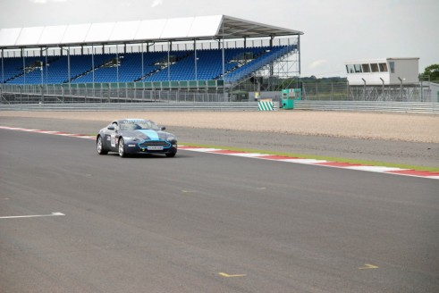 Silverstone Experience Aston Martin V8 Vantage carwitter 491x328 - My Silverstone Driving Experience Review - Tom Taylor - My Silverstone Driving Experience Review - Tom Taylor