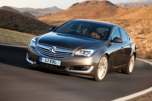 Facelift Vauxhall Insignia Front - carwitter