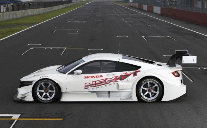 Honda NSX Concept GT Side carwitter 700x432 - Honda NSX Concept GT - Honda NSX Concept GT