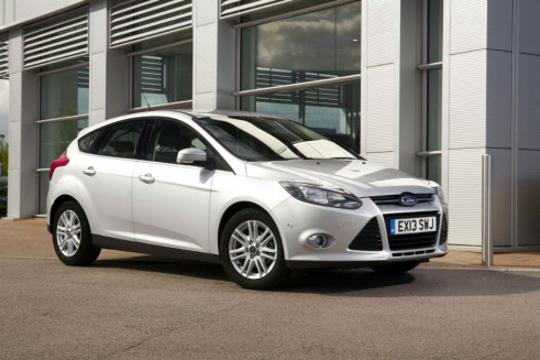 Top 5 Most Common Cars 2012 Lower Medium Ford Focus carwitter 491x327 - Most common cars in the UK - 2012 - Most common cars in the UK - 2012