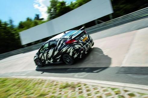 2015 Honda Civic Type R Testing Nurburgring Rear Angle - carwitter