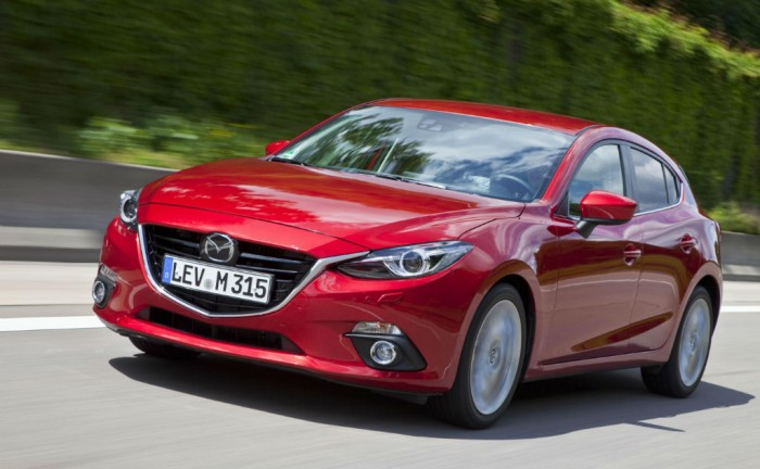 All new Mazda 3 Hatcback Front carwitter 700x432 - 2014 Mazda 3 UK price & specs - 2014 Mazda 3 UK price & specs