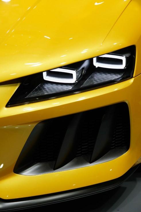 Audi Sport Quattro Concept Headlight - Frankfurt Motor Show 2013 - carwitter