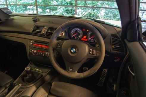 BMW 1M Interior Dashboard - carwitter