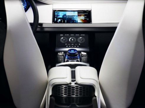 Jaguar C-X17 SUV Crossover Concept Dashboard - carwitter