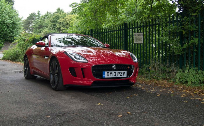 Jaguar F Type V8S Review Front Angle carwitter 700x432 - Jaguar F-Type V8 S Review – The monster - Jaguar F-Type V8 S Review – The monster