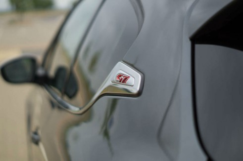 Peugeot 208 GTI Review Side Soap Dish Badge - carwitter