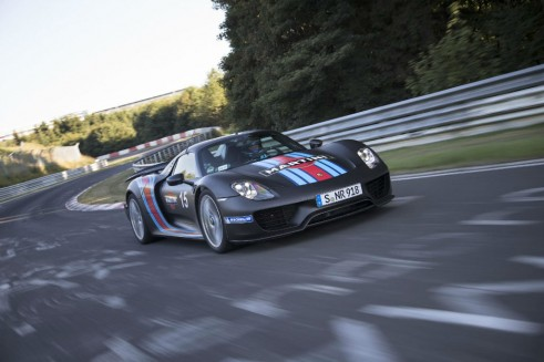 Porsche 918 Spyder Nurburgring Lap Record Front - carwitter
