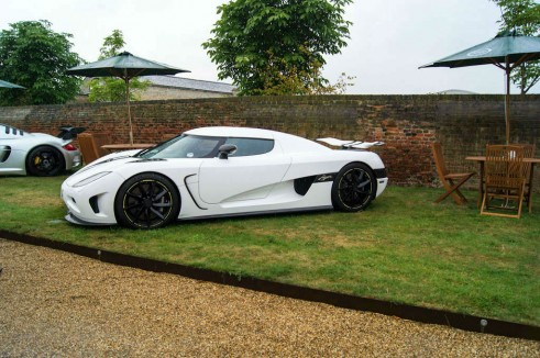 Salon Prive 2013 - White Koenigsegg Agera Side - carwitter