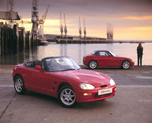 Suzuki Cappuccino Red Front - carwitter