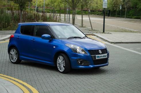 Suzuki Swift Sport 5 Door Review Front Angle High - carwitter