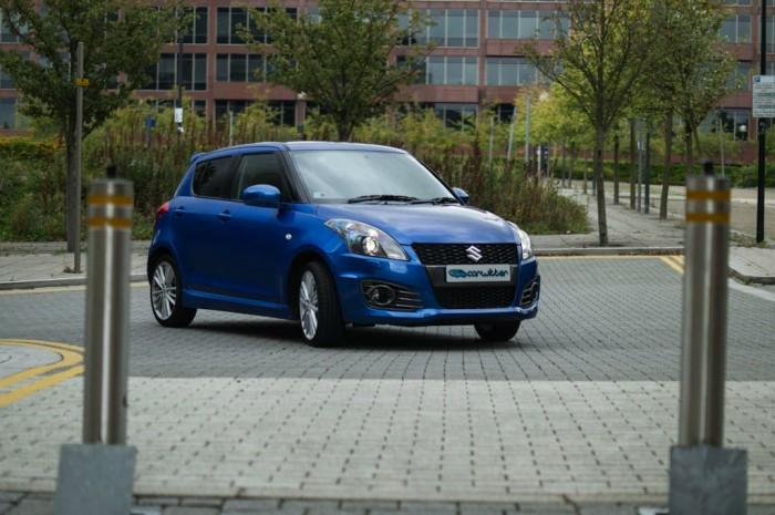 Suzuki Swift Sport 5 Door Review Front Scene carwitter 700x465 - Suzuki Swift Sport 5 Door Review - Practical fun - Suzuki Swift Sport 5 Door Review - Practical fun
