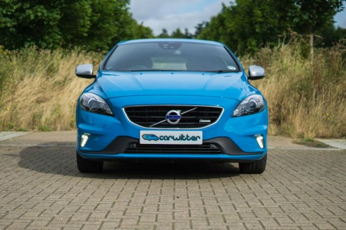 Volvo V40 Review Front Close - carwitter