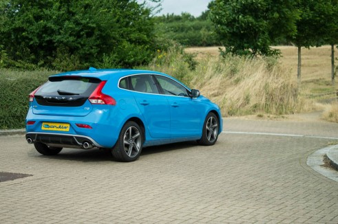 Volvo V40 Review Rear Angle - carwitter