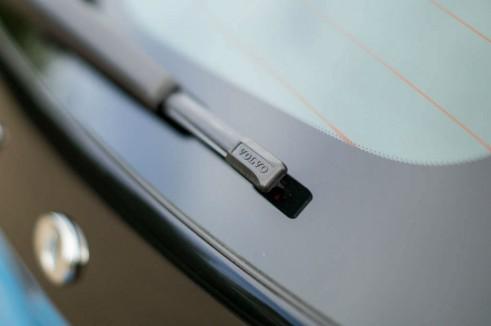 Volvo V40 Review Rear Wiper Detail - carwitter