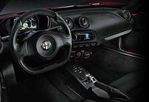 Alfa Romeo 4C Dashboard - carwitter