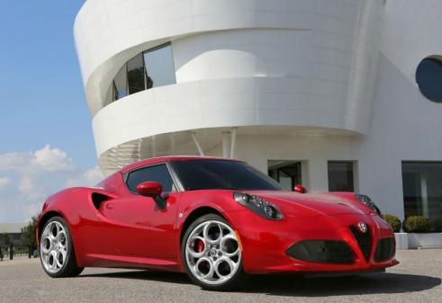 Alfa Romeo 4C Front - carwitter