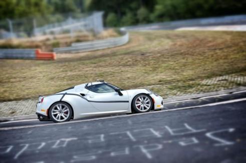 Alfa Romeo 4C Nurburgring Side - carwitter