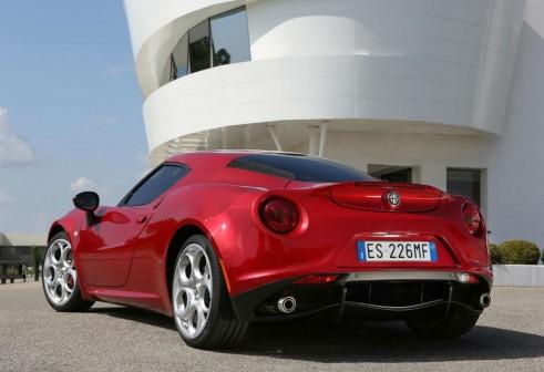 Alfa Romeo 4C Rear - carwitter