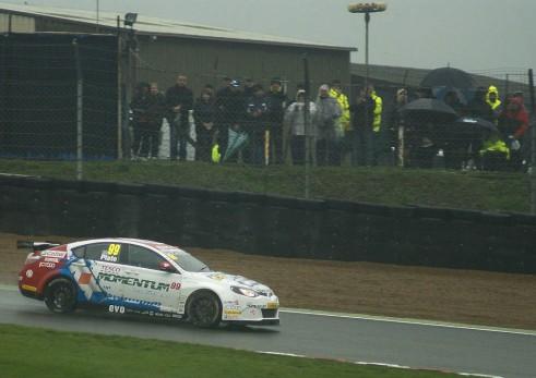 BTCC 2013 Brands Hatch Final - MG Jason Plato - carwitter
