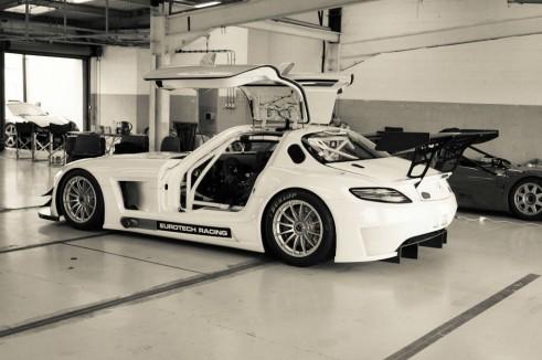 Mercedes SLS GT3 Eurotech - Rear Angle - carwitter