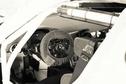 Mercedes SLS GT3 Eurotech - cockpit - carwitter