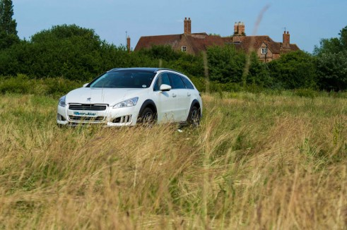 Peugeot 508 RXH Review - Front Distance - carwitter