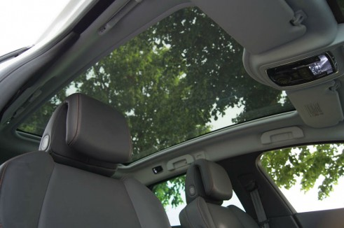 Peugeot 508 RXH Review - Glass Roof - carwitter