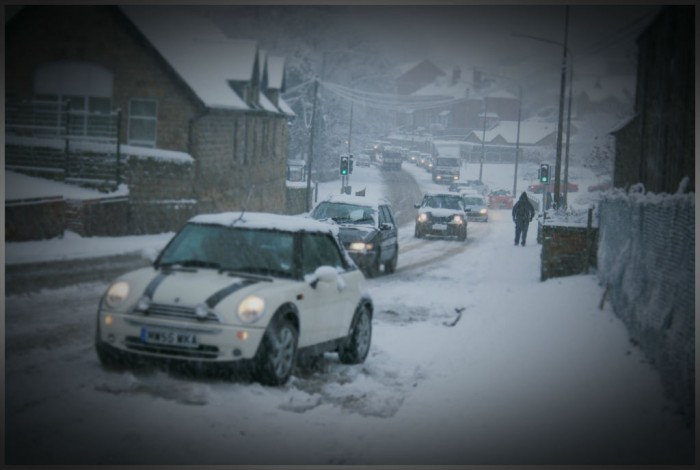Winter Tyres Stuck Mini Snow 700x470 - GUIDE - How To Drive In Winter - GUIDE - How To Drive In Winter