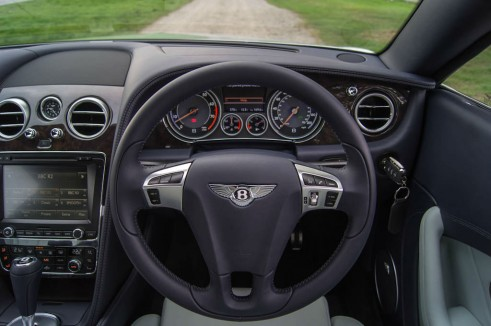 2013 Bentley Continental GT Review - Steering Wheel - carwitter
