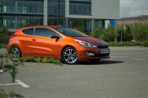 2013 Kia Proceed Review Side Angle Scenery carwitter 300x199 - Kia Proceed Review – Eco looker - Kia Proceed Review – Eco looker
