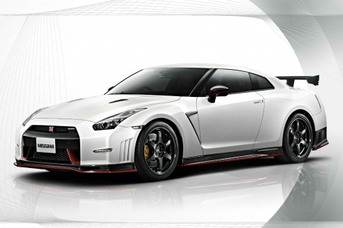 2014 Nissan Nismo GT-R - Front Angle- carwitter