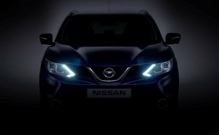 2014 Nissan Qashqai Front carwitter 700x432 - 2014 Nissan Qashqai gets a muscular looking front - 2014 Nissan Qashqai gets a muscular looking front