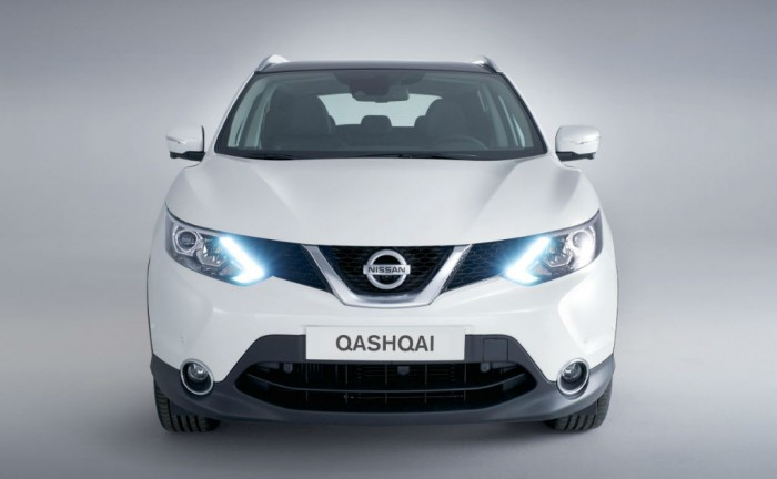 2014 Second Generation Nissan Qashqai Front carwitter 700x432 - 2014 Nissan Qashqai Prices - 2014 Nissan Qashqai Prices