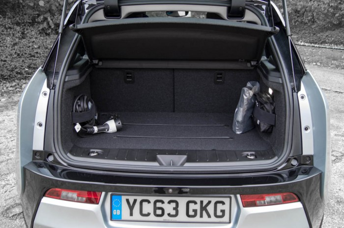 BMW i3 Review - Boot - carwitter