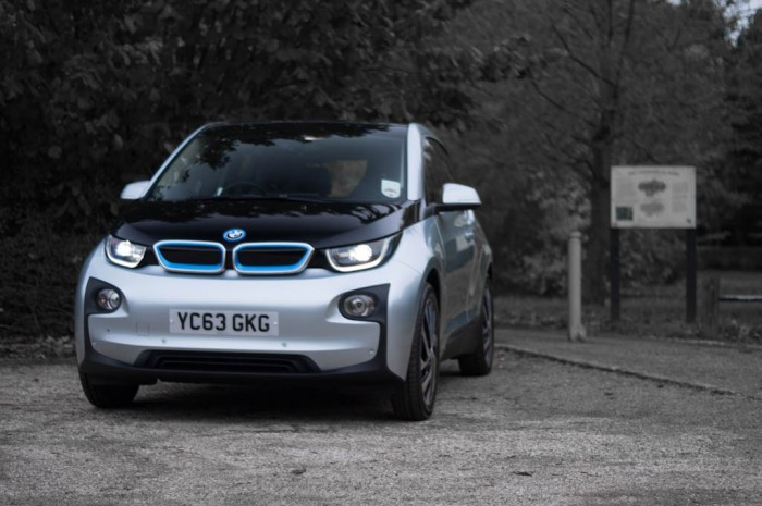 BMW i3 Review - Front Angle - carwitter