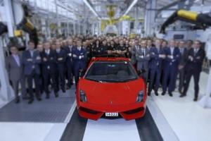 FinalGallardoCarwitter 300x200 - Lamborghini Gallardo: RIP 2003-2013 - Lamborghini Gallardo: RIP 2003-2013