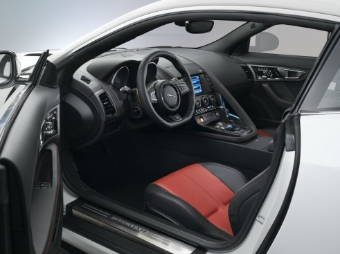 Jaguar F-Type Coupe Interior - carwitter