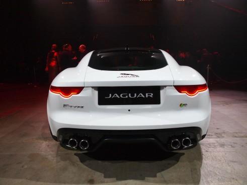 Jaguar F-Type LA Auto Show 2014 - Rear - carwitter