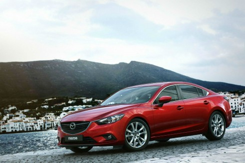 Mazda 6 Saloon Side Angle - carwitter