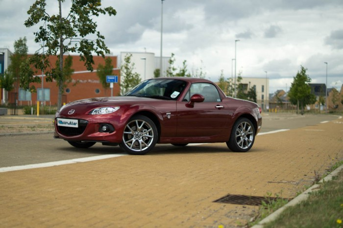 Mazda MX 5 Roadster Coupe Review Front Angle Carwitter 700x465 - Mazda MX-5 Roadster Coupe Review - Hairdressers car? - Mazda MX-5 Roadster Coupe Review - Hairdressers car?