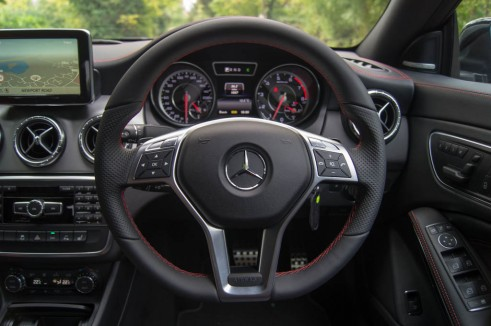Mercedes Benz CLA45 AMG Review - Steering Wheel - carwitter