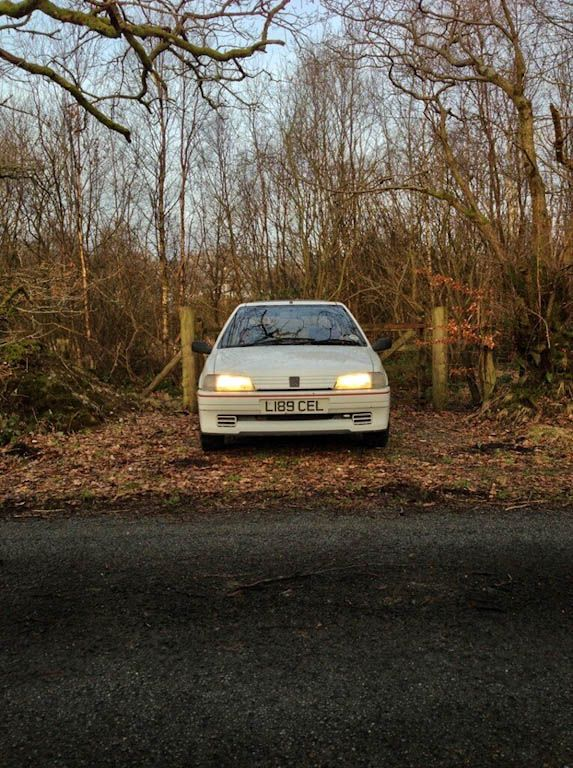 Peugeot 106 Rallye S1 Front On carwitter - Owning a Peugeot 106 S1 Rallye - Peugeot 106 Rallye S1 Front On - carwitter