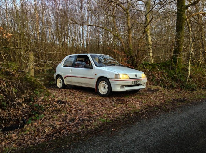 Peugeot 106 Rallye S1 Side Angle Trees carwitter 700x520 - Owning a Peugeot 106 S1 Rallye - Owning a Peugeot 106 S1 Rallye