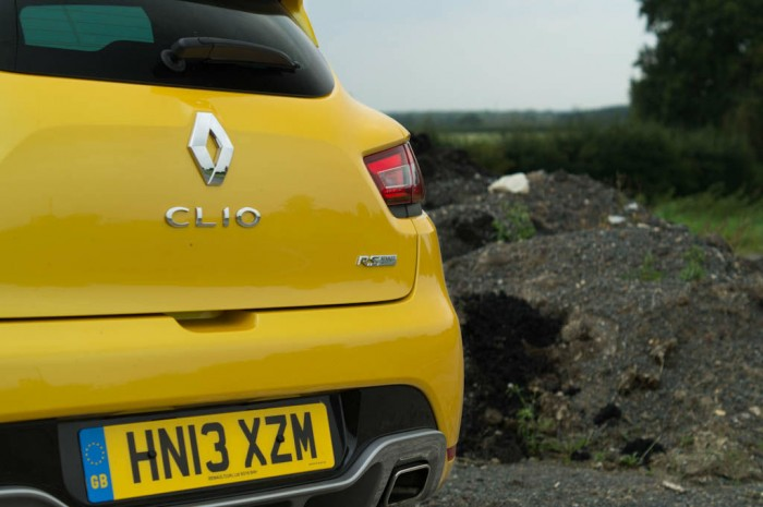 RenaultSport Clio 200 Turbo Review Rear Badge carwitter 700x465 - Renaultsport Clio 200 Turbo Review – Have Renault lost the lead? - Renaultsport Clio 200 Turbo Review – Have Renault lost the lead?