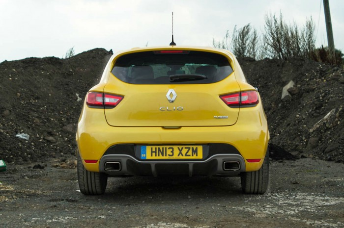 RenaultSport Clio 200 Turbo Review Rear carwitter 700x465 - Renaultsport Clio 200 Turbo Review – Have Renault lost the lead? - Renaultsport Clio 200 Turbo Review – Have Renault lost the lead?