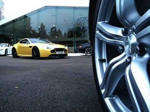 V12VantageSFront4 Carwitter  491x368 - An hour with the Aston Martin V12 Vantage S - An hour with the Aston Martin V12 Vantage S