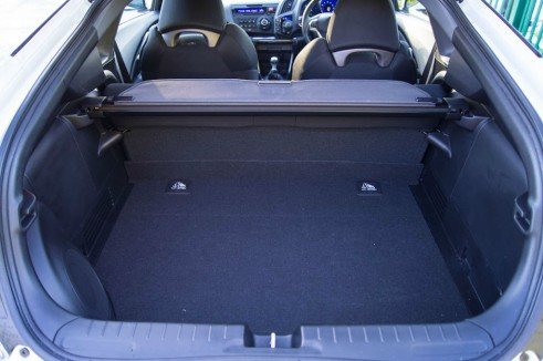 2013 Honda CRZ Review - Boot - carwitter