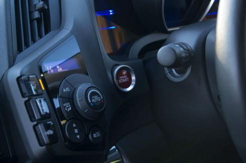 2013 Honda CRZ Review - Start Button - carwitter