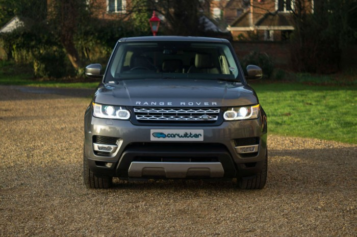 2013 Range Rover Sport Review Front Dist carwitter 700x465 - Will the new car tax changes effect prestige vehicle sales? - Will the new car tax changes effect prestige vehicle sales?